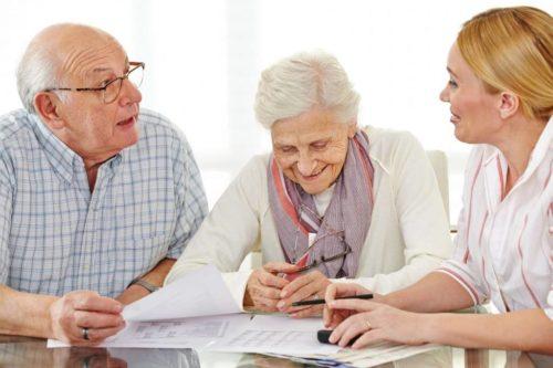 Налог на землю пенсионерам и ветеранам труда: какие есть льготы на земельный, платят ли