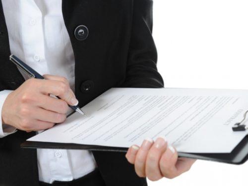 Заявление о признании нуждающимся в улучшении жилищных условий: как написать, образец искового ходатайства
