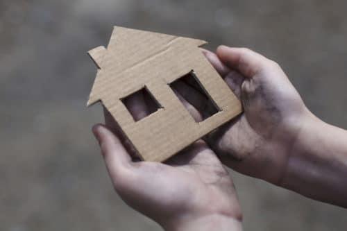 Может ли сирота продать квартиру, полученную от государства, как скоро ее можно сдавать