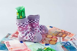 Размер детского пособия на 3 ребенка в 2019 году в Оренбургской области