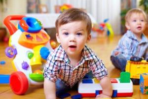 Льготы по оплате при зачислении в детский сад , заявление, образец, очередь при постановке, запись