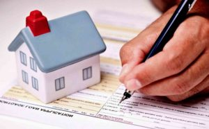 Продажа квартиры, купленной по субсидии: риски для продавца, можно ли обменять, чем грозит, образец договора