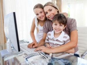 Какие есть пособия для матери в разводе с двумя детьми