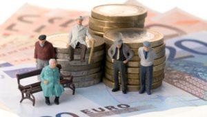 Сколько платят ветерану труда ежемесячно