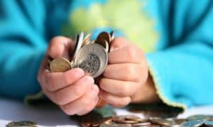 Единовременное детское пособие при рождении ребенка в 2019 году в Алтайском крае, документы для оформления губернаторского, размер