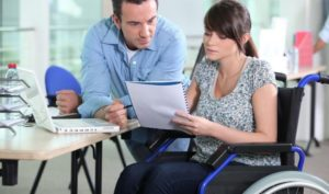 Льготы инвалидам: сколько платят по инвалидности , какие документы нужны в соцзащиту, субсидия, компенсация, социальные пособия, что положено, единовременная выплата, скидки