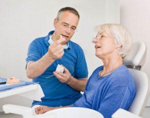 Льготы пенсионерам на зубные протезы, бесплатное протезирование зубов, компенсация за зубопротезирование, вставные челюсти, стоматология для военных