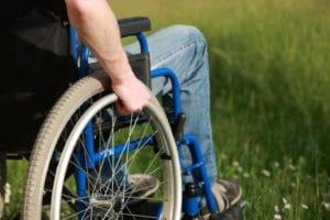 Какие льготы имеет инвалид 2 группы в России, в Краснодарском крае, Ростовской, Нижегородской области, сколько получают, что положено