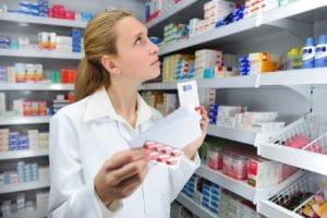 Изображение - Льготные лекарства для инвалида medikamenty_i_chelovek_1_18180616-300x200