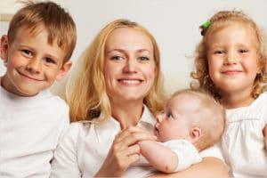 Изображение - Список бесплатных лекарств для детей до 3 лет на 2019 год mnogodetnaya_mat_2_26003212-300x200