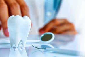 Как получить бесплатное протезирование зубов инвалиду 3 группы