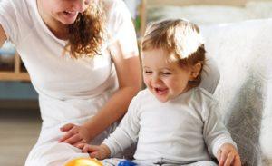 Изображение - Социальная поддержка для родителей детей-инвалидов vyplaty_detyam_1_11234054-300x183