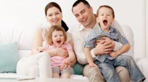 Льготы многодетным семьям в Московской области , пособия, выплаты, экстренная помощь, компенсация за школьную форму матерям-одиночкам, малоимущим