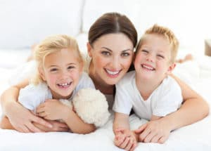 Мать-одиночка: определение по закону, кто считается, как получить, оформить статус, удостоверение, подтверждающий документ